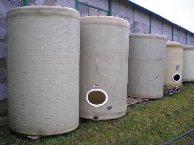 Restistan használt borászati üvegszálas tartályok